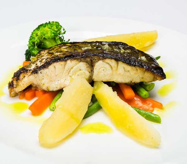pescado parrilla restaurant es canyis